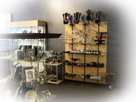 Jewelry and gifts from Keepsakes Jewelry & Watch Repair | 16950 Wright Plaza Ste. 115 | Omaha, Nebraska 68130 |  402-504-9922